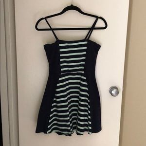 Express mini dress (converts to strapless) M EUC